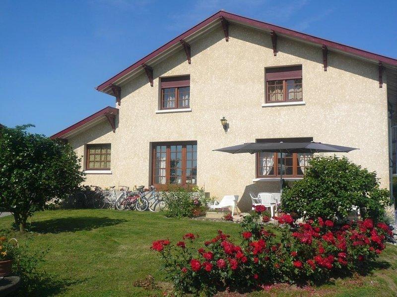 Gîte de Broustic, holiday rental in Lahosse