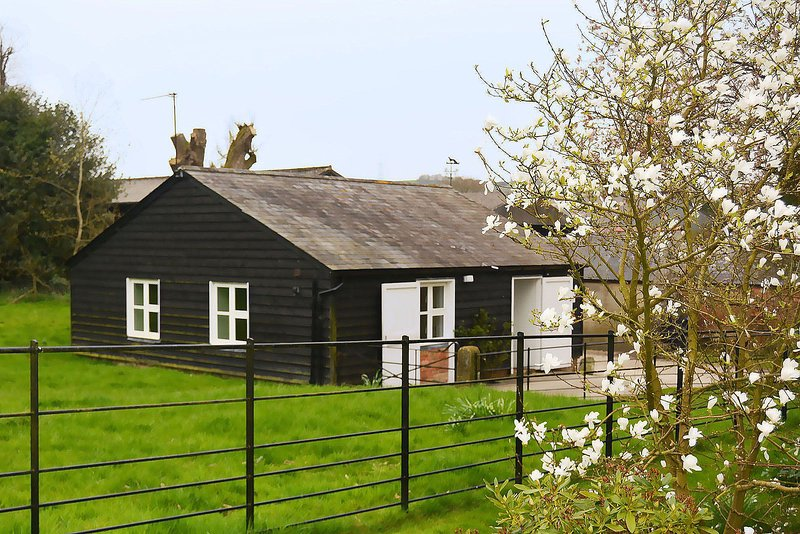 Stable Cottage, vacation rental in Pewsey