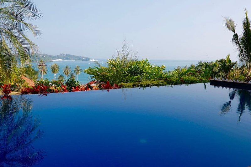 Large Poolside Villa with Ocean Views 2 mins walk to beach, holiday rental in Phuket Town
