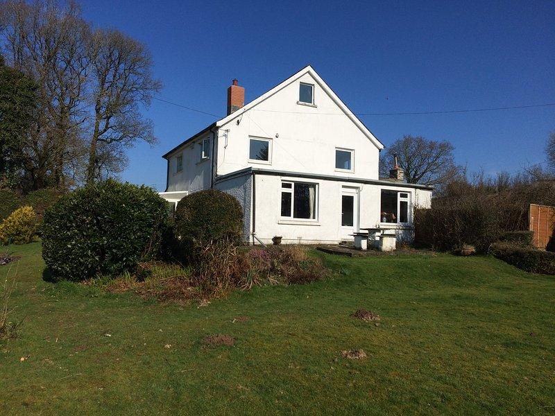 Farmhouse família com jardim privado