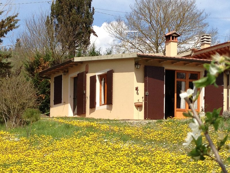 San Lazzaro Villa Sleeps 4 with Pool and Air Con - 5241837, alquiler vacacional en Marcialla