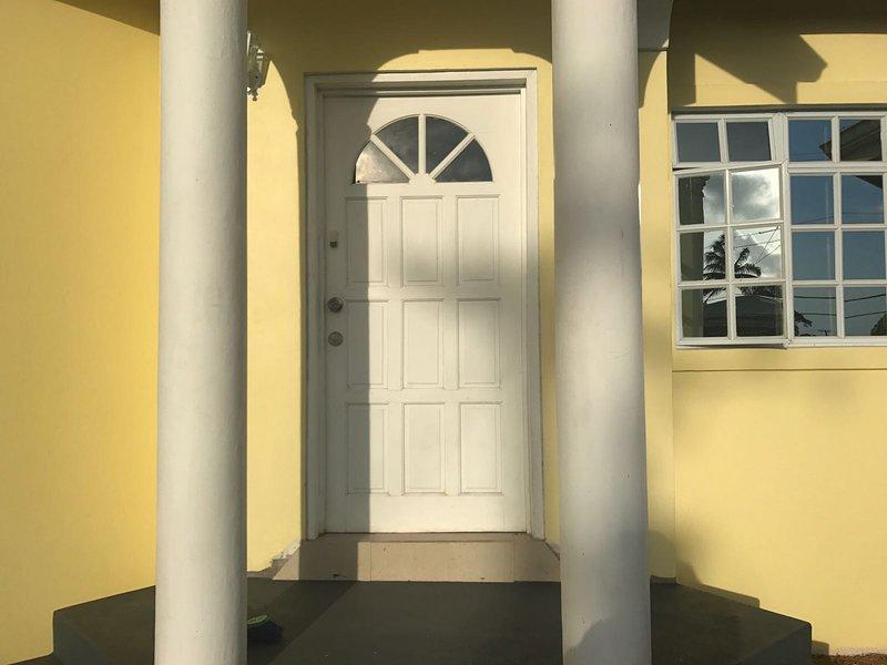 Front door to Lemongrove House.