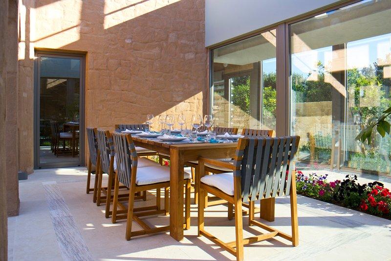 Kontomari Villa Sleeps 8 with Pool and Air Con - 5579575, alquiler vacacional en Kontomari