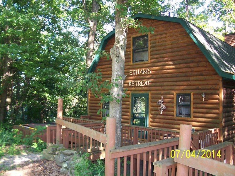 Ethan's Retreat in the Woods, holiday rental in Millersburg