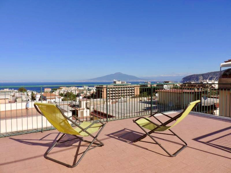 Sorrento Penthouse in the Center, amazing view, holiday rental in Sorrento