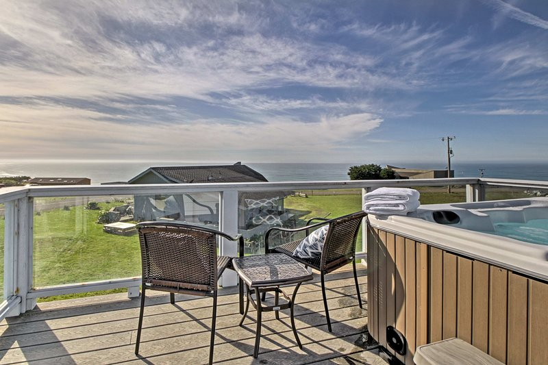 This home in Manchester offers incredible sea views.