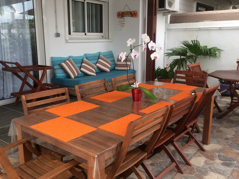 Creole veranda with barbecue and sea view