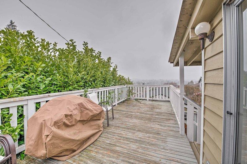 La casa se encuentra a sólo 5 minutos de la Bremerton Ferry!