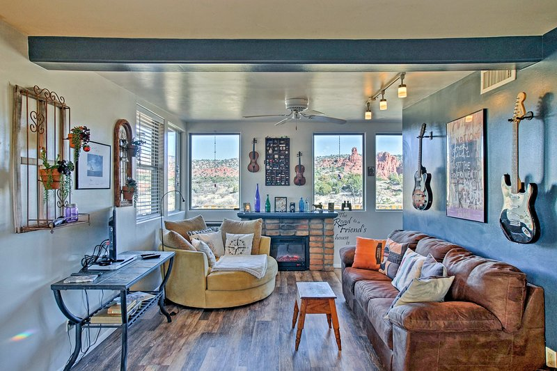 Treat yourself to a Sedona retreat at this 1-bedroom, 1-bathroom vacation rental house.
