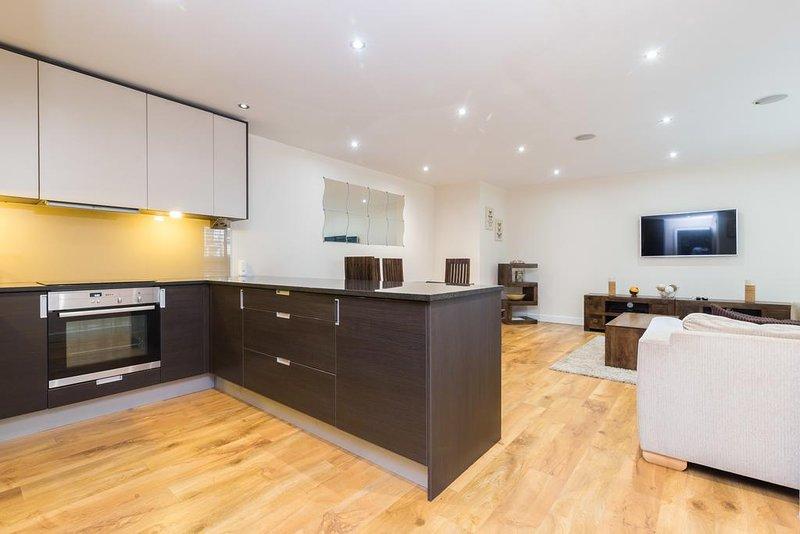 Elade Apartments, vacation rental in Borehamwood