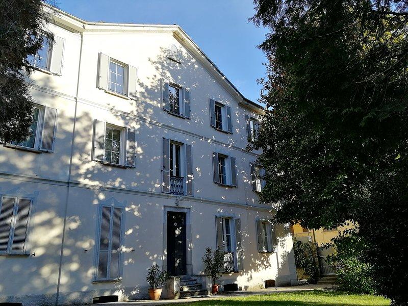 Villa Cardano Lake Maggiore bike holiday, casa vacanza a Maccagno