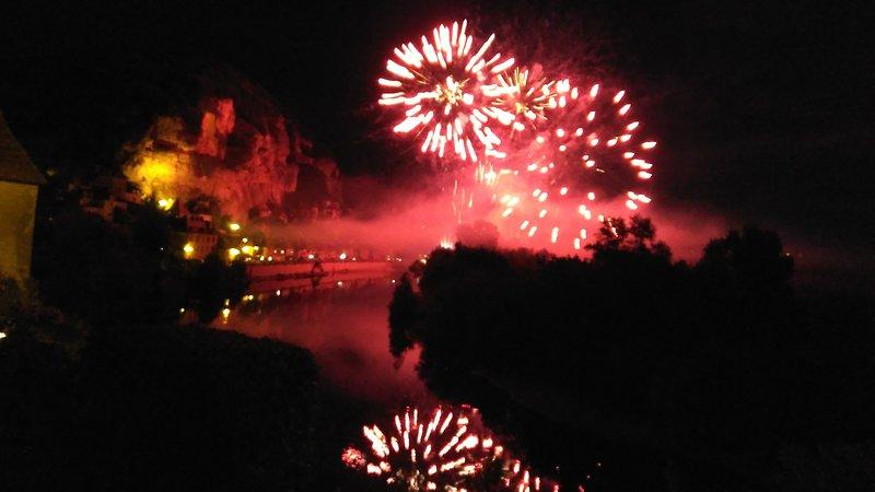 Le feu d'artifice annuel du village de La Malartrie