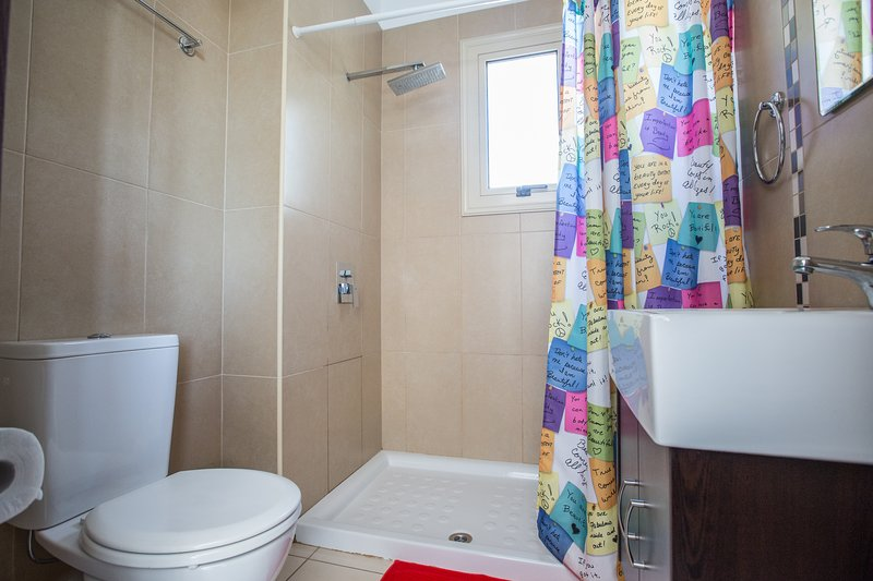 En-Suite Shower