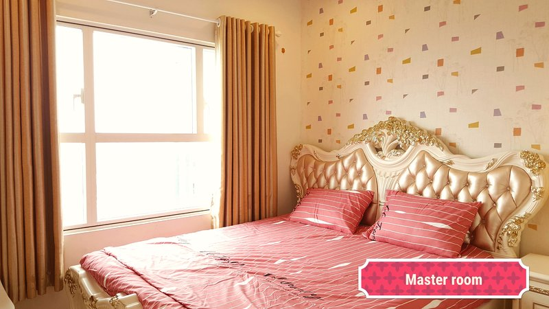 Sunrise City 5Star 2BR #AmazingPool #Lotte 30th, vacation rental in Tan An