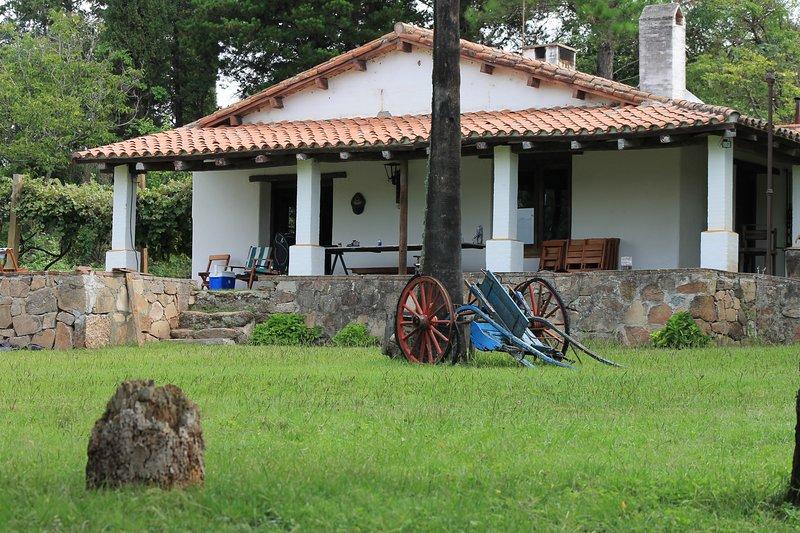 Casa de Campo en Zona rural de la ciudad de Cosquin Córdoba Argentina, holiday rental in Tanti