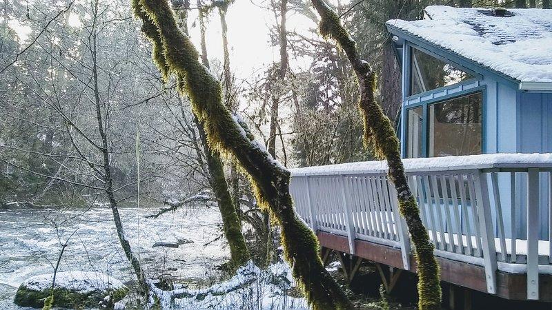 McKenzie Riverside Retreat, casa vacanza a Blue River