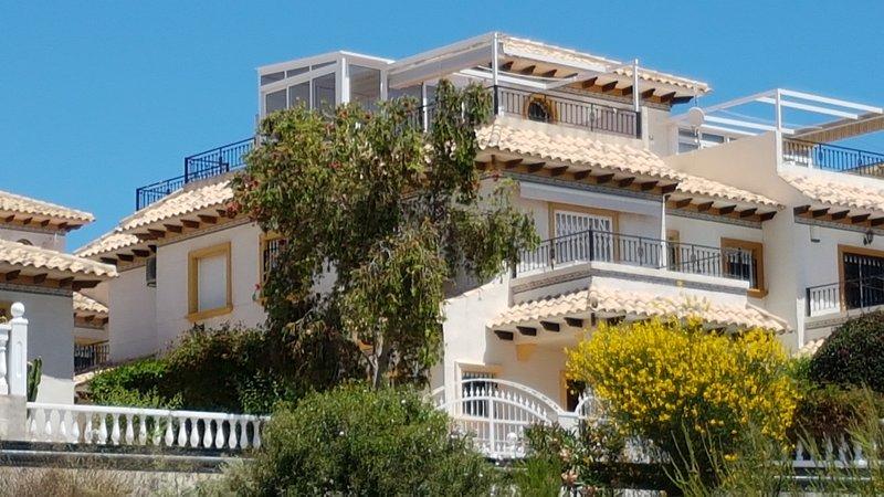 Vue de face de notre maison de vacances ensoleillée Casa 77