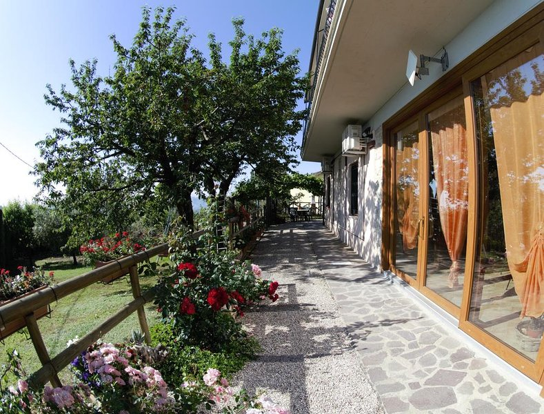 Apartment Le Terrazze on hills of Perugia, vacation rental in Perugia