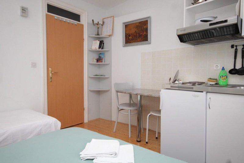 sala de jantar, de superfície: 2 m²