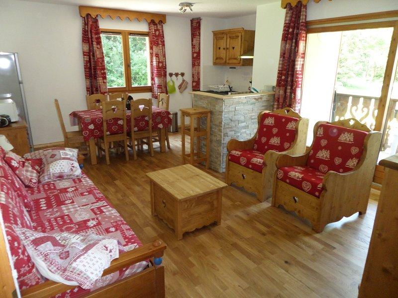 Appartement 6 personnes 54m² à Samoëns en résidence avec piscines et sauna, holiday rental in Vallieres