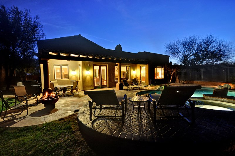 Back Yard, Pool, Hot Tub, Fire Pit, Outdoor Seating Area, BBQ