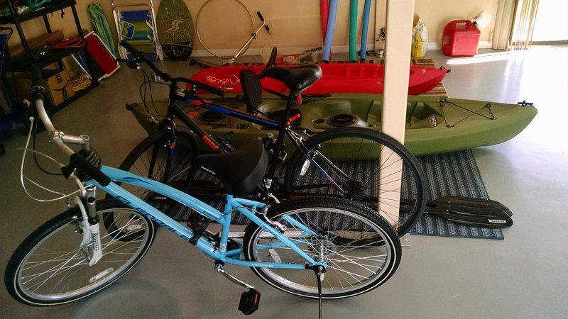2 bikes & 2 kayaks