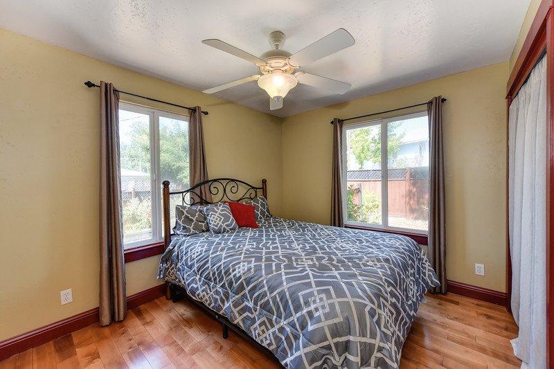 Bedroom- super cozy bed