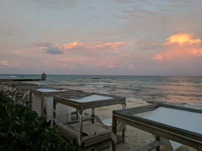Grand Luxxe Platinum Cabanas