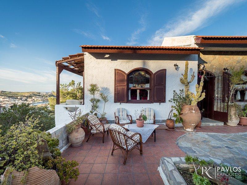 Villa Sopasina - Traditional apt. in Agia Pelagia, holiday rental in Agia Pelagia