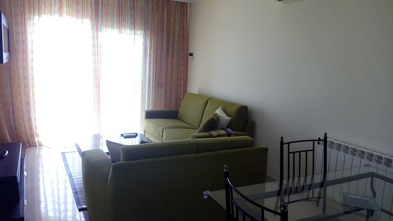 Sunny 1br apartment near Sur Airport Pool and amazing View Dacil, vacation rental in Las Chafiras