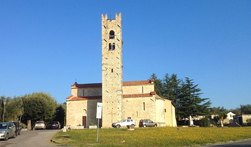 Pieve a Elice, our local romanic church, just 5 minutes drive from our house.