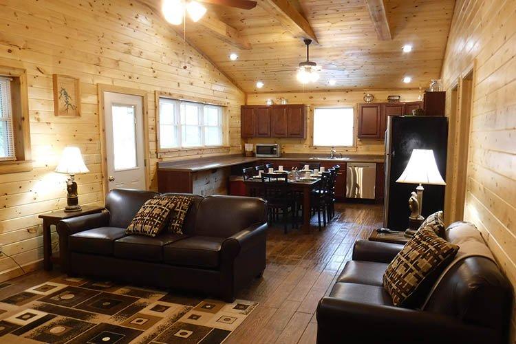 Cabin Nineteen Solarium Deluxe, vacation rental in Taswell