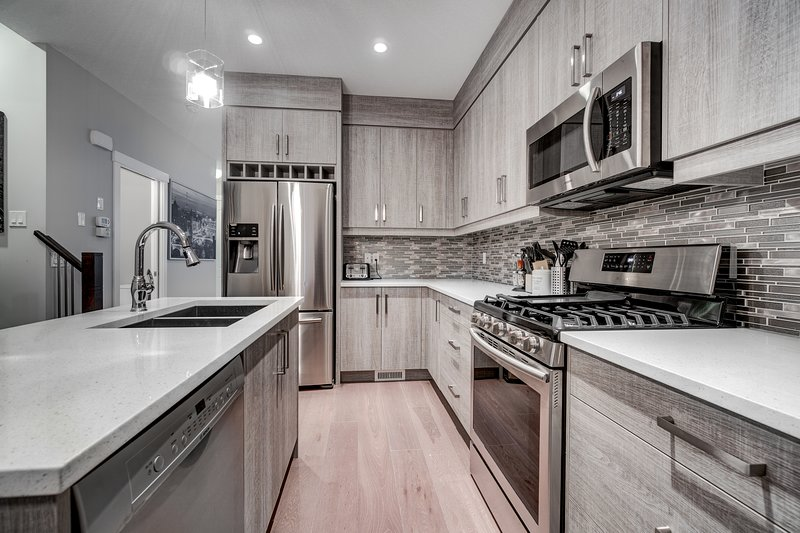updated 2019 3 bedroom close to downtown 1141 holiday rental in rh tripadvisor ca
