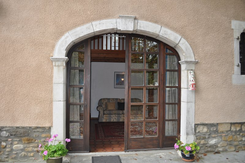 Coach House - Front Entrance