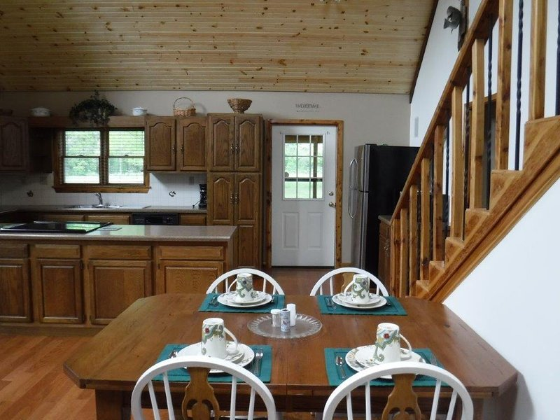 Cabin Twenty Six: Anglers View – Luxury Style, holiday rental in West Baden Springs
