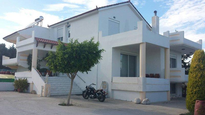 Vila Di Sarli, holiday rental in Paradeisi