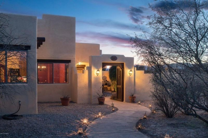 Gorgeous Santa Fe Style Home With Private Hot Tub Located in Cornville - Spanish, holiday rental in Cornville