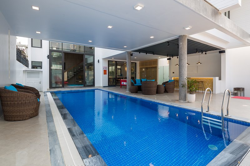 The Charming pool villa for Vacation nearby the Beach - Free Breakfast, vacation rental in Da Nang