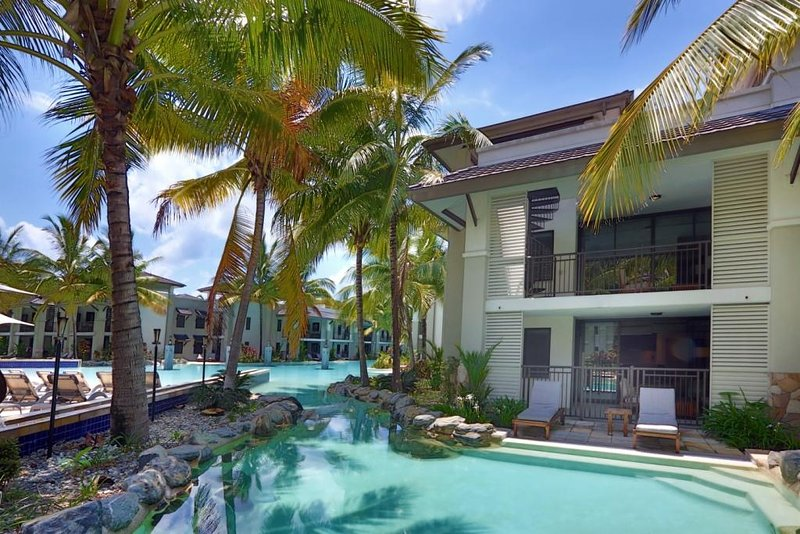 Swim Out 137/138 | Sea Temple Port Douglas, holiday rental in Port Douglas