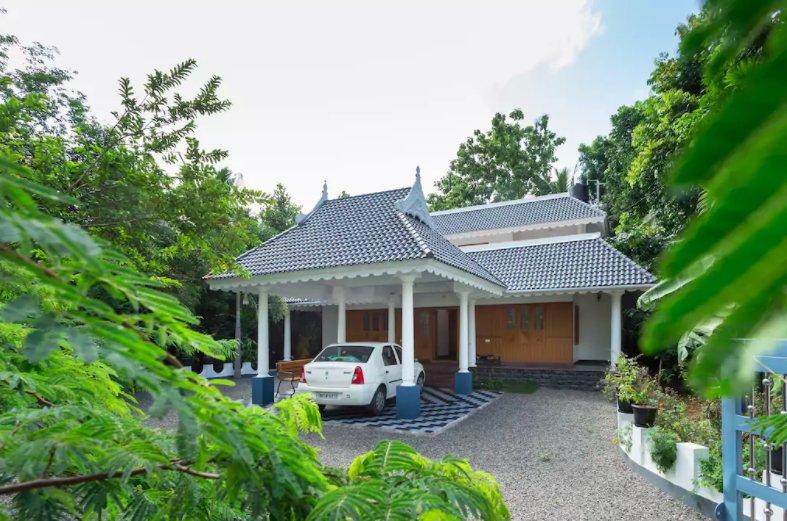 Oshin - Villa Near Airport, location de vacances à Malayattoor