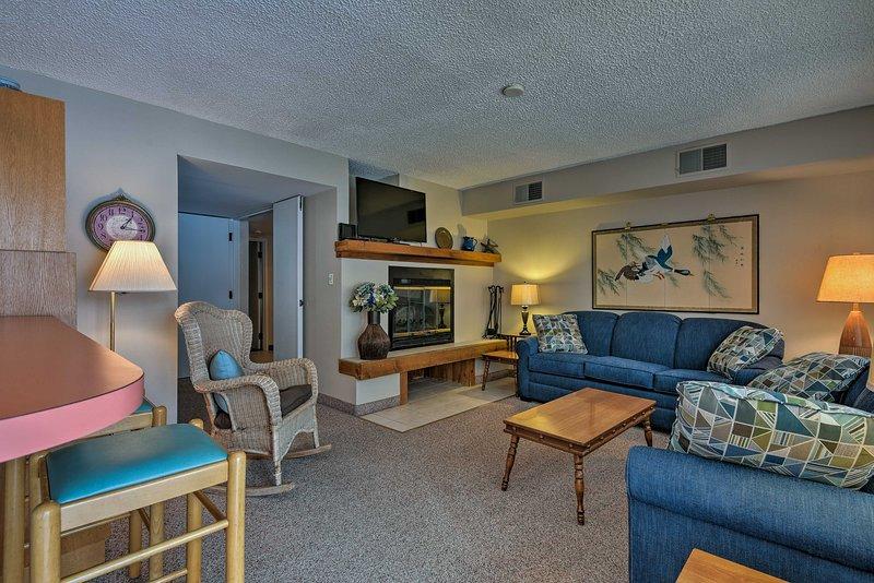Não importa a época, este com 2 quartos, 2 banho de condomínio é perfeito!