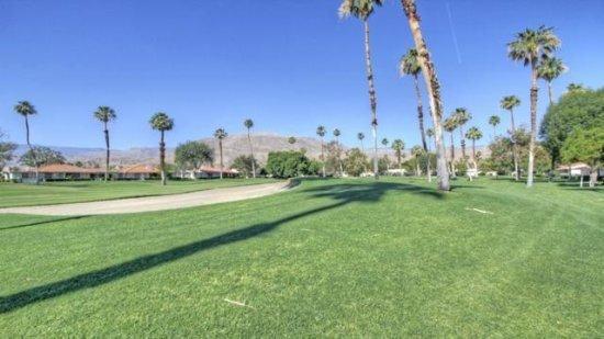 ALP101 - Rancho Las Palmas Country Club - 2 BDRM Plus DEN, 2 BA, location de vacances à Désert californien