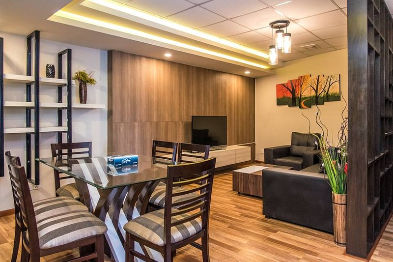 3 BHK Deluxe Apartment, Lalitpur, classic Serviced Apartments, holiday rental in Central Region