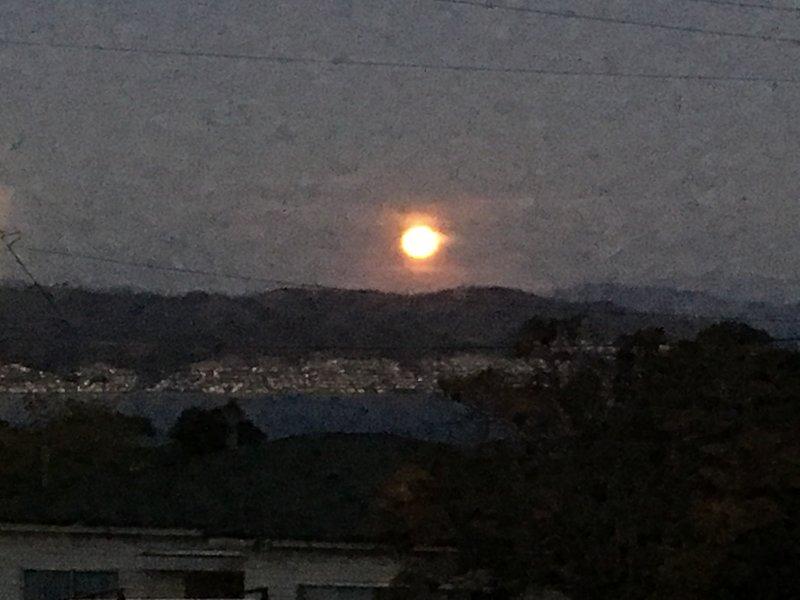 Pleine lune montante