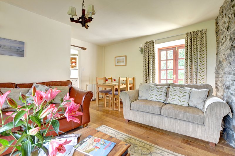 Bwthyn Gwyn (WAI210), vacation rental in Llannerch-y-medd