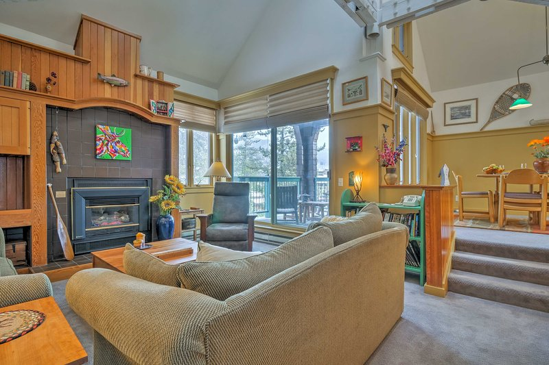 Make this Keystone condo your new home-away-from-home in the mountains.