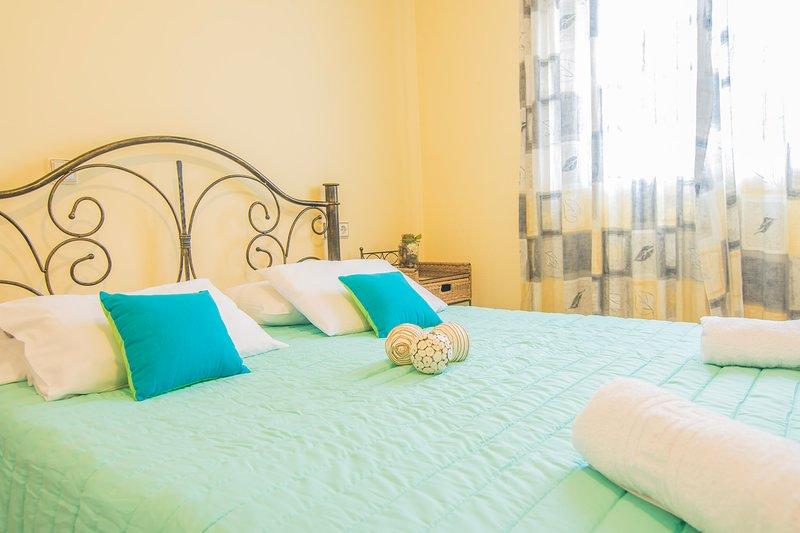 Tonia Two-Bedroom Apartments in Bochali, Zakynthos!, vacation rental in Bochali