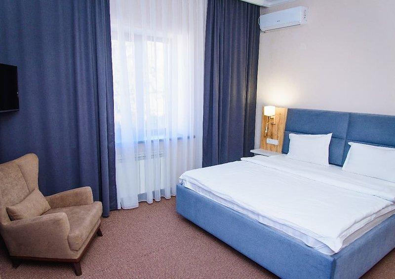 Keremet Hotel - Standard Room 2, vacation rental in Almaty