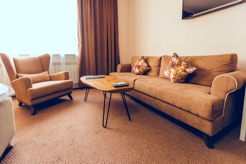 Keremet Hotel - Suite Room 3, vacation rental in Almaty