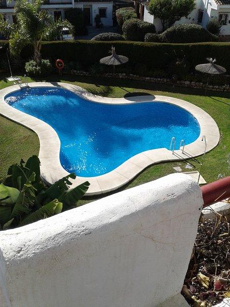 Bel appartement penthouse piège soleil, avec vue sur le jardin et la piscine